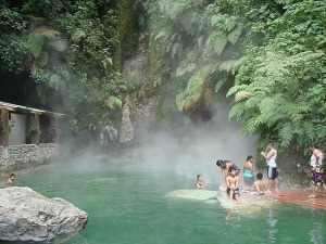 Fuentes Georginas, Quetzaltenango, hot water springs, typical hydrothermal phenomena